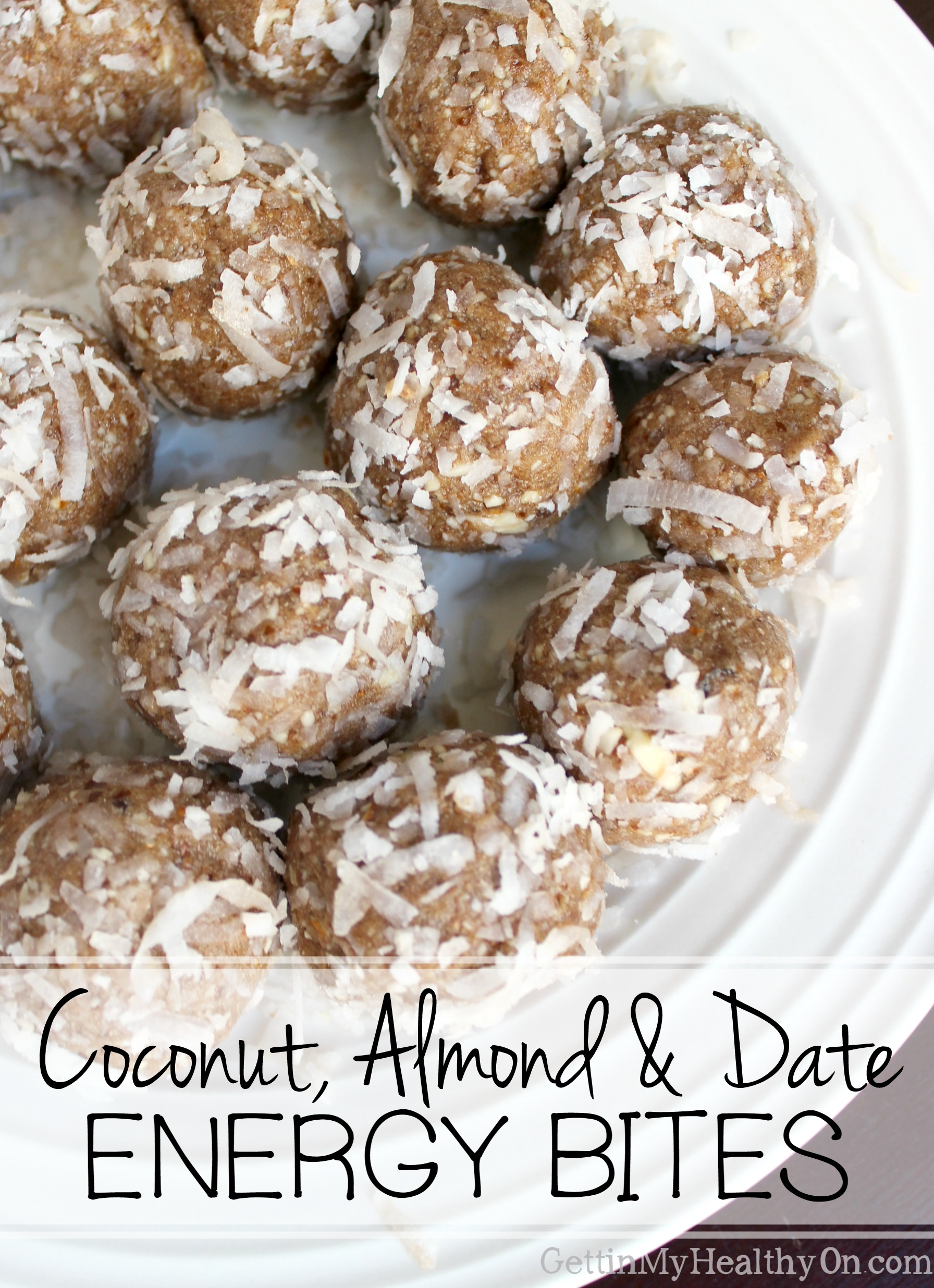 Coconut, Almond & Date Energy Bites