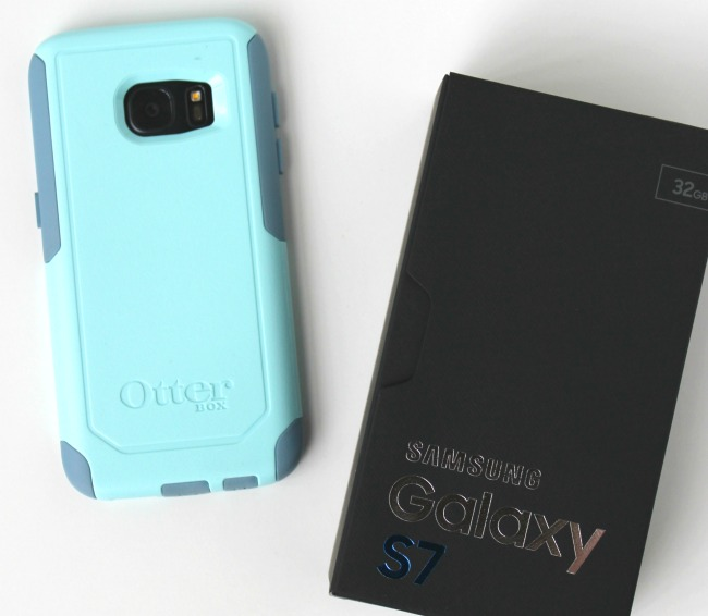 Samsung Galaxy S7 with Otterbox